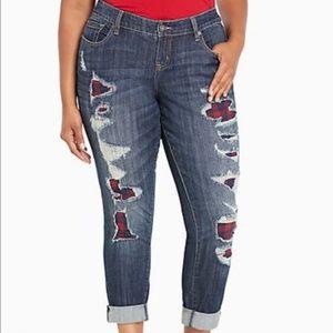Torrid boyfriend distressed jeans size 12
